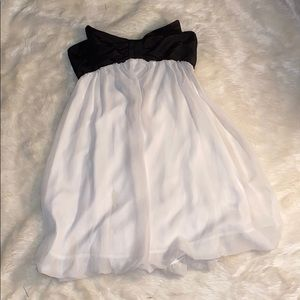 Strapless bow dress